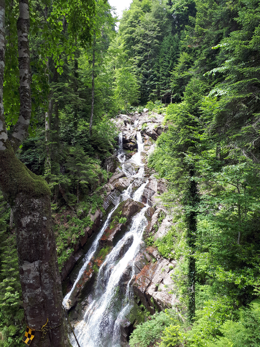 Парк водопадов Менделиха (Роза Хутор)